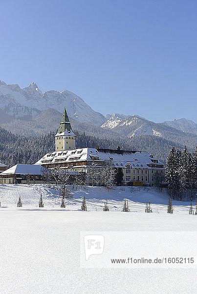 Germany  Bavaria SchlossElmauinsnow-coveredWettersteinMountains