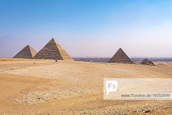 Egypt  Giza Governorate  Giza  Clear sky over Giza Pyramids