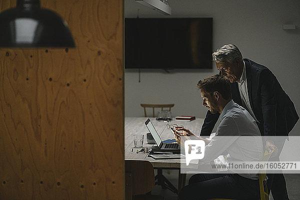 Entrepreneurs having a meeting in modern office  talking business