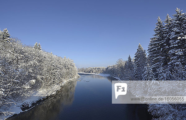 Germany  Bavaria  Geretsried  Clear sky overIsar river in winter
