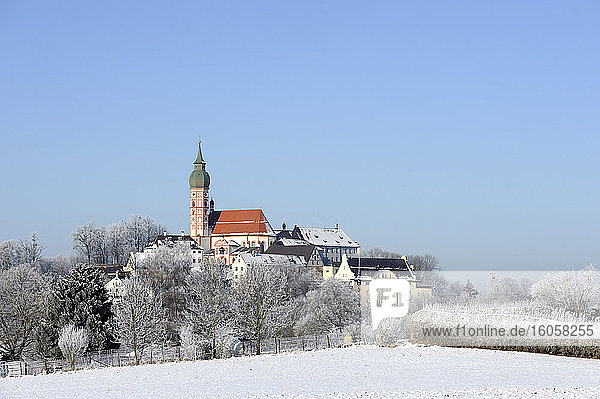 Germany  Bavaria  Andechs  Clear sky over Andechs Abbey in winter