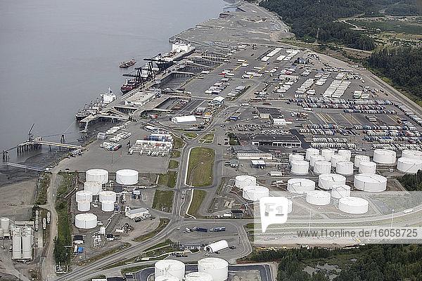 Luftaufnahme des Hafens von Anchorage  Süd-Zentral-Alaska