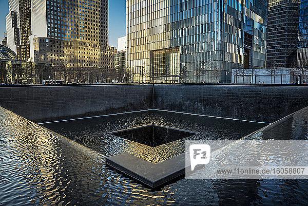 Nationale Gedenkstätte und Museum zum 11. September; Manhattan  New York  Vereinigte Staaten von Amerika