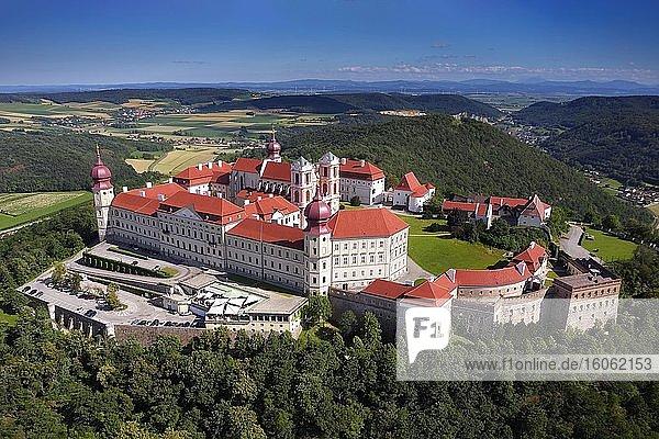 Stift Göttweik  früher Köttwein  Kloster  Benediktinerabtei  UNESCO Weltkulturerbe  Gemeinde Furth  nahe Krems  Wachau  Niederöstereich  Östereich
