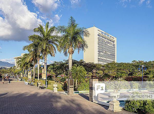 Emanzipationspark  Kingston  St. Andrew Parish  Jamaika  Westindische Inseln  Karibik  Zentralamerika