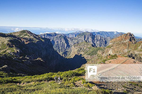 Blick vom Pico do Arieiro  Madeira  Portugal  Atlantik  Europa
