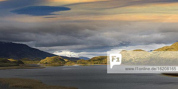 Berglandschaft  Nationalpark Patagonien  Chacabuco-Tal bei Cochrane  Region Aysen  Patagonien  Chile  Südamerika