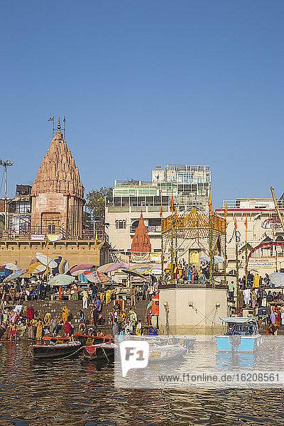 Dashashwamedh Ghat  das wichtigste Ghat am Ganges  Varanasi  Uttar Pradesh  Indien  Asien