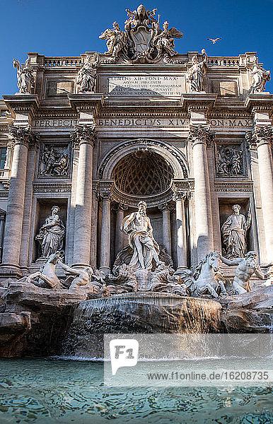 Trevi-Brunnen  Rom  Latium  Italien  Europa