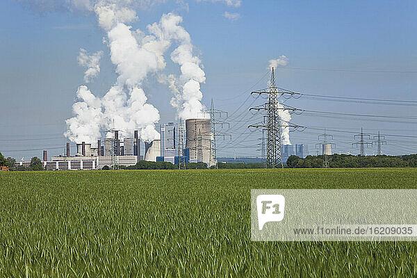 Germany  North Rhine Westphalia  View of Power plant