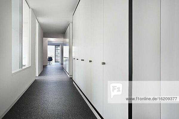 Germay  North Rhine Westphalia  Cologne  Corridor of modern office