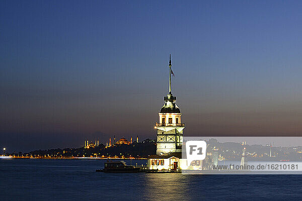 Turkey  Istanbul  View of Maidens Tower and Hagia Sophia at dusk