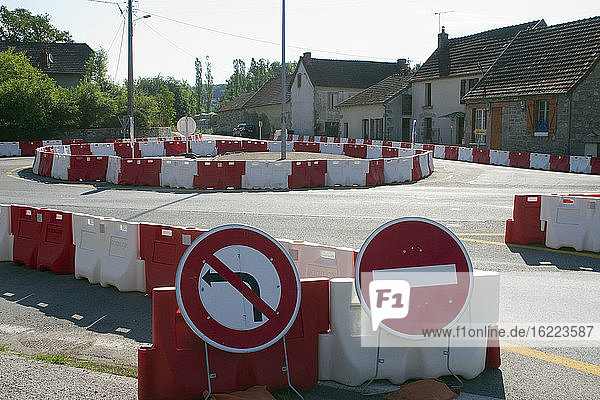 France  Aubusson  23  provisional layout on the D990 to divert traffic during works.
