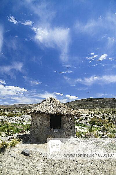 Peru  Andes  hut of herdsmen