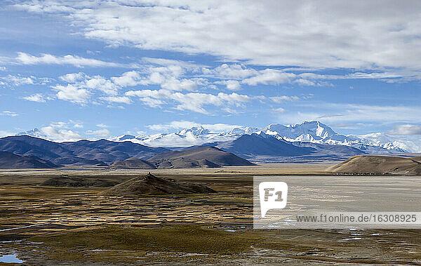 Asia  Tibet  View from Tingri to Cho Oyu