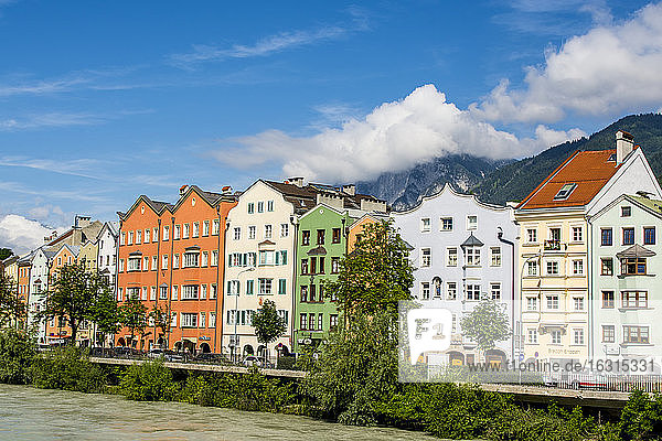 Colorful buildings lining the Inn River  Old Town  Innsbruck  Tyrol  Austria  Europe