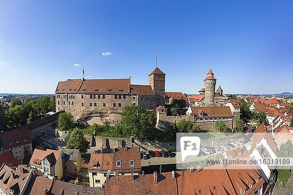 Nürnberger Burg,  Doppelburg,  Kaiserburg links,  Burggrafenburg rechts,  Luftbild,  Altstadt,  Altstadt St. Sebald,  Nürnberg,  Mittelfanken,  Franken,  Bayern,  Deutschland,  Europa