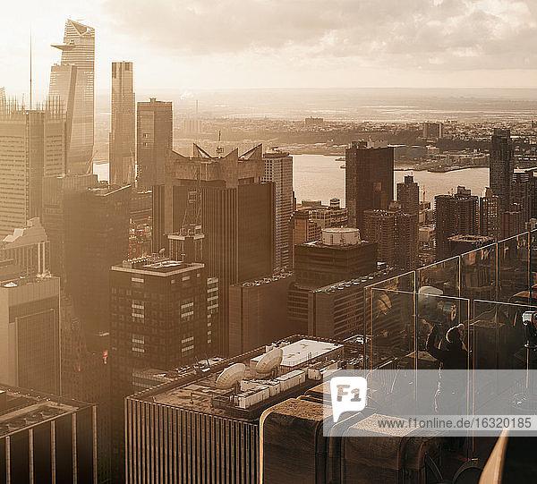 Sunny highrise cityscape  New York City  New York  USA