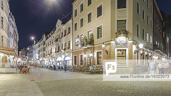 Germany  Dusseldorf  Old town  old houses  pavement restaurant at night