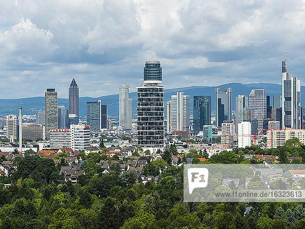 Germany  Frankfurt  skyline with new Henninger Tower