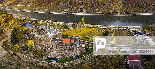 Germany  Rhineland-Palatinate  Trechtingshausen  View of Reichenstein Castle in autumn