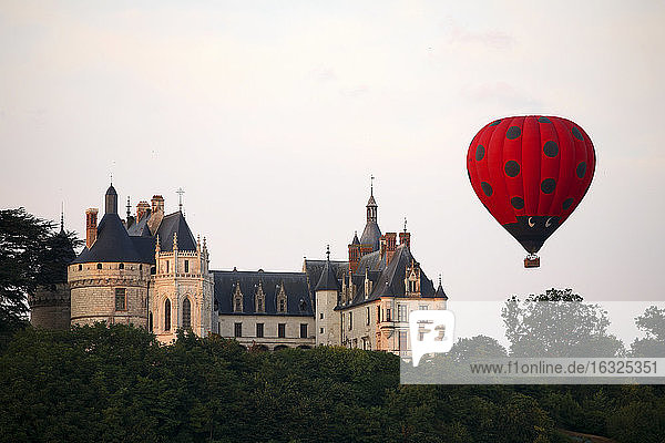 France  Chaumont-sur-Loire  view to Chateau de Chaumont and air balloon in the foreground