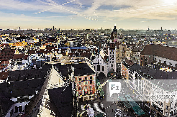 Germany  Munich  view to Viktualienmarkt  old town hall and Holy Spirit Church from above