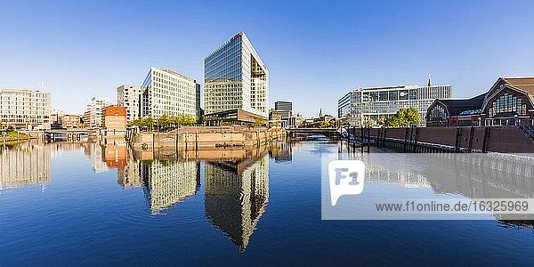 Germany  Hamburg  HafenCity  Ericusspitze  Spiegel publishing house and Deichtorhallen