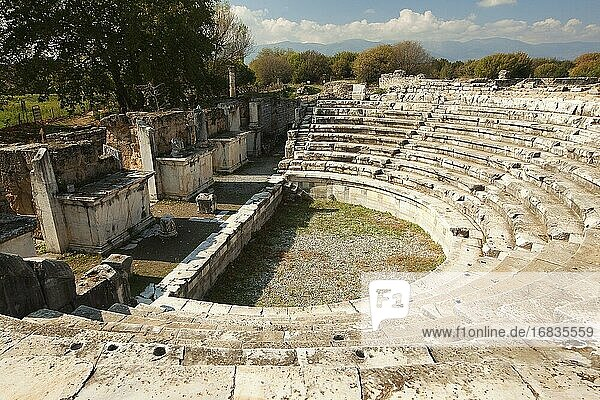 View to the Counsil House-Odeon at Aphrodisias Archaeological Site  Geyre  Aydin Province  Asia Minor  Turkey  Europe.