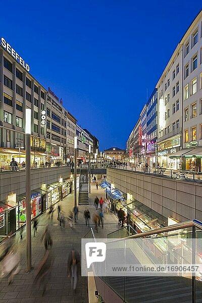 Shops in the Bahnhofstraße  Main shopping street  Shopping arcade  Pedestrian zone  Hanover  Lower Saxony  Germany  Europe