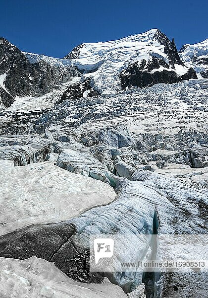 La Jonction  glacier tongue  Glacier des Bossons meets Glacier de Taconnaz  summit of Mont Maudit and Mont Blanc  Chamonix  Haute-Savoie  France  Europe