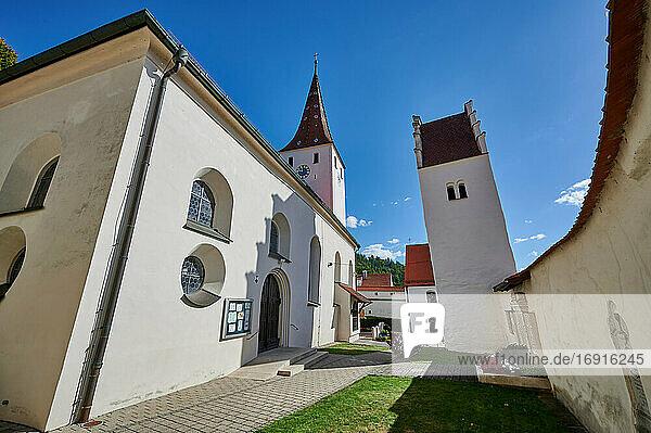 Wehrkirche Kinding  Kinding  Bayern  Deutschland  church and castle Kinding  Bavaria  Germany 