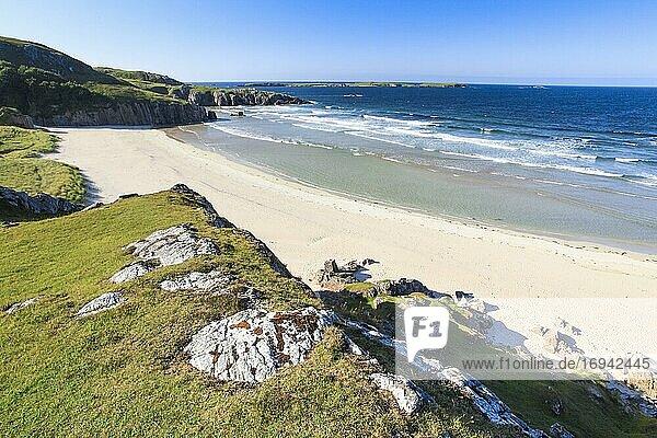 Sandstrand Küste  Sutherland  Schottland  Großbritannien  Europa
