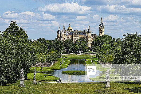 Schweriner Schloss  Schwerin  Mecklenburg-Vorpommern  Deutschland  Europa