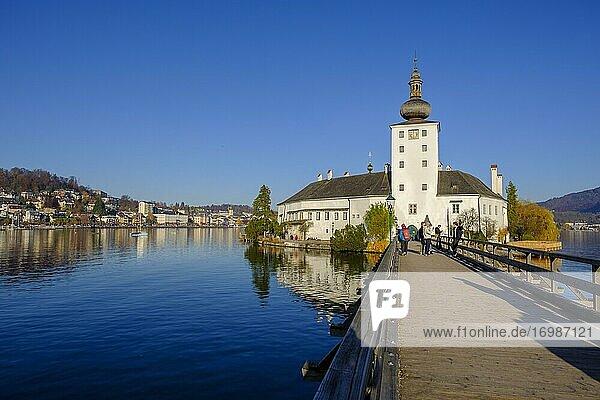Castle Ort in Gmunden  Lake Traun  Salzkammergut  Upper Austria  Austria  Europe