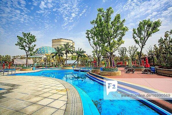 Oriental god amusement park