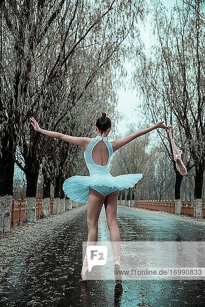 Young women in outdoor dance ballet
