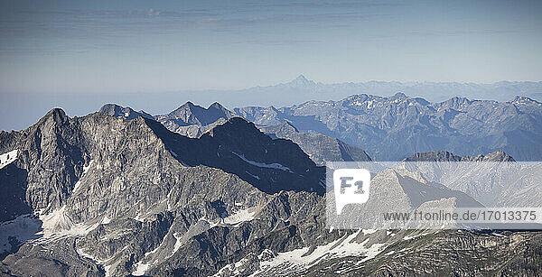 Schweiz  Monte Rosa  Luftaufnahme des Monte Rosa Massivs