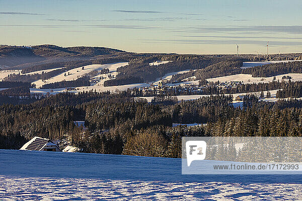 Germany  Baden-Wurttemberg  Sankt Margen  Town in middle of Black Forest at winter dusk