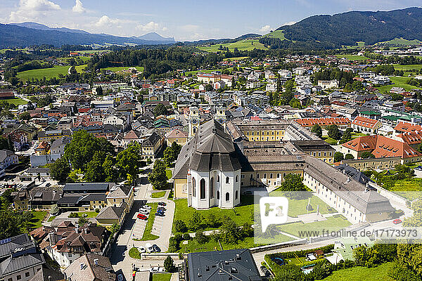 Austria  Upper Austria  Mondsee  Aerial view of Mondsee Abbey and surrounding town in summer