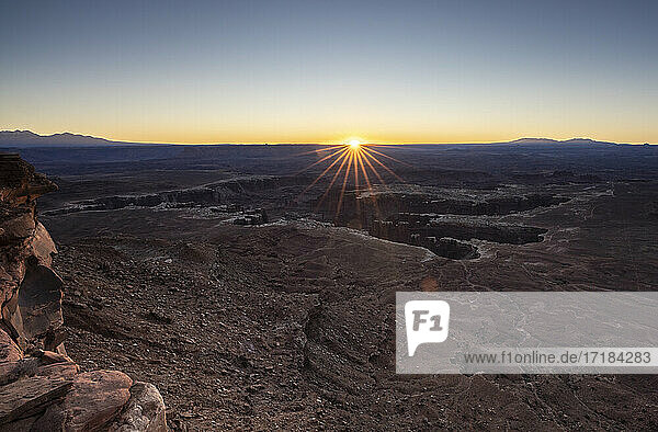 Sunrise at Grand View Point  Canyonlands National Park  Utah  United States of America  North America