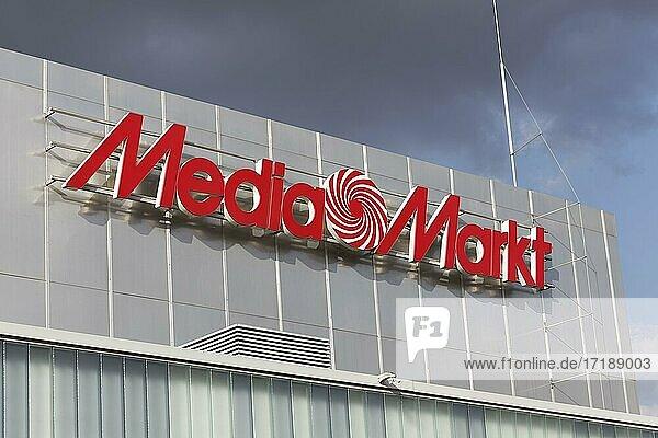 Logo Media Markt an einem Shoppingcenter  Unterhaltungselektronikkette  Düsseldorf  Nordrhein-Westfalen  Deutschland  Europa