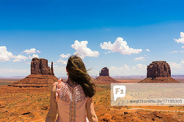Monument Valley on the border between Arizona and Utah