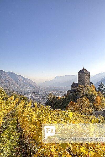 Italien; Suedtirol; Provinz Bozen; Meran; Dorf Tirol; Schloss Tirol   Italy; Italia; Alto Adige; South Tyrol; Merano  Tirolo  Castel Tirolo; castel Tyrol
