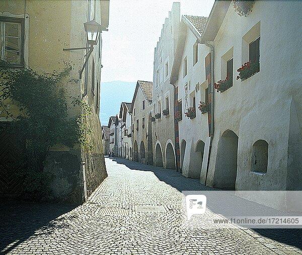 Suedtirol; Provinz Bozen; Landschaft; Obervinschgau  Vinschgau  Glurns| South Tyrol; Alto Adige; landscape; Val Venosta  Alta Val Venosta  Glorenza