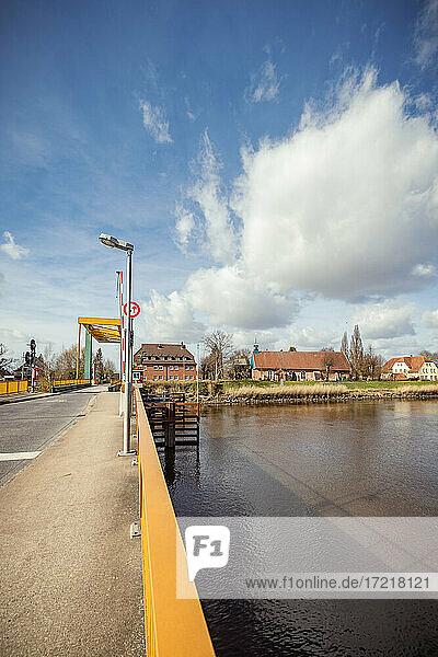 Klappbrücke über die Stör in Heiligenstedten (Kreis Steinburg)