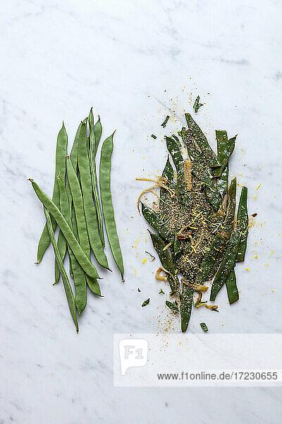 Breite grüne Bohne  frisch und zubereitet