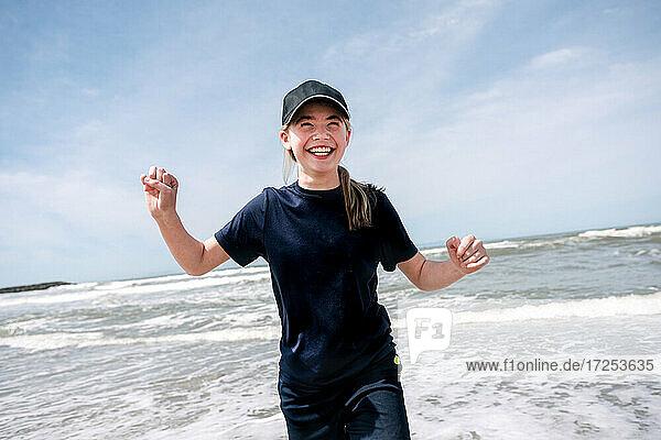 USA  California  Ventura  Smiling girl on beach