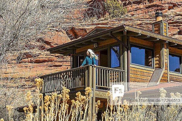 USA  Utah  Escalante  Einfamilienhaus im Canyon im Grand Staircase-Escalante National Monument
