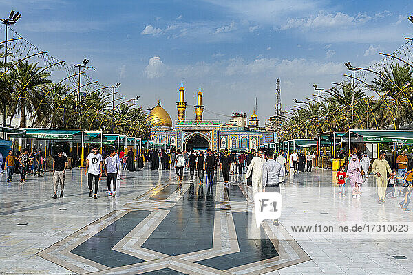 Imam Hussein Holy Shrine  Kerbala  Iraq  Middle East